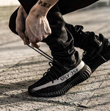 Adidas Yeezy Boost 350 V2   (남여공용)(아디다스 이지 부스트    BY1604 , 아디다스 이지 부스트    BY1604 )